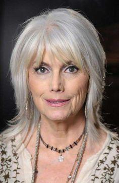 Short Hair Styles For Women Over 50-9