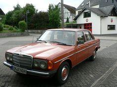 Mercedes-Benz 240 D W123 Oldtimer 1979 als Limousine in Beulich