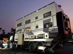 One of the World's Largest RVs Is This Two-Story RV Roaming Australia Camping Sale, Truck Camping, Luxury Campers, Luxury Motorhomes, Expedition Vehicle, Panel Systems, Second Story, Australia Travel, Camper Van