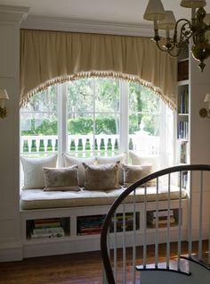 Love a window seat/nook w/ a view.