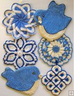 crocheted potholders in my favorite kitchen colors:  blue, yellow, and white!
