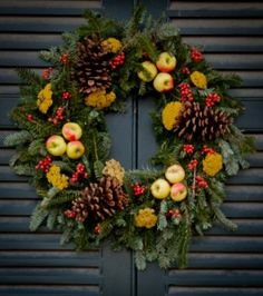 Colonial Williamsburg wreaths are 100% natural and always spectacular!
