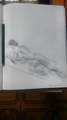 Desenho modelo vivo