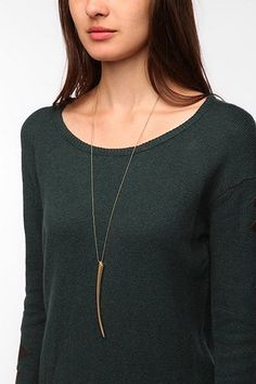 UO claw necklace. | love it.
