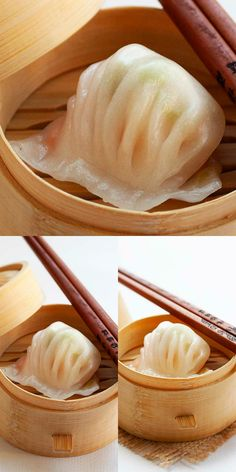 Har Gow (虾饺 ) is a popular Cantonese dim sum. The shrimp dumpling is made of shrimp and wrapped with a translucent wrapper. This recipe is easy and best! Asian Dumpling Recipe, Chinese Dumplings, Dim Sum Wrapper Recipe, Dim Sum Recipe, Seafood Recipes, Appetizer Recipes, Cooking Recipes, Appetizers, Wrap Recipes