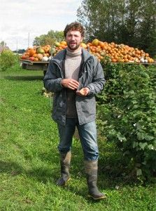 Devan on the Farm Farmer, Hipster, Marketing, Guys, Boots, Style, Fashion, Welly Boots, Crotch Boots
