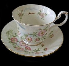 Royal Albert China - Series - Wilde Bloem van de maand Series