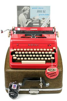 1957 Red Royal Quiet De Luxe #Typewriter #vitnagetypewriter #poet by Retroburgh on Etsy