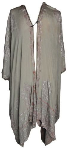 This photo provided by RR Auction of Amherst, N.H. shows the silk Japanese kimono-style full-length robe worn by iconic Titanic First Class passenger Lucy Christiana as she escaped the Titanic into a lifeboat and later aboard the rescue ship R.M.S. Carpathia. Twitter 0 StumbleUpon Email Print Read more: www.nydailynews.c...