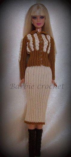 Abito giacca e gonna panna e marrone di Barbiecrochet su Etsy, €12.00