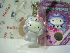GOTOCHI HELLO KITTY Kawaii Mascot Figure Strap Lavender Bear HOKKAIDO JAPAN NEW