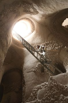 Cave Digger, the documentary about New Mexico cave sculptor Ra Paulette, just received the much-hoped-for Oscar nomination. Read about the a...