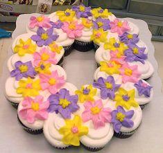 leis cupcake cakes - Google Search