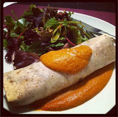 {Recipe} Black Bean & Butternut Squash Burritos with Chipotle-Cashew Sauce #vegan #gf if using gf tortillas