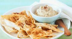 Cómo hacer hummus casero y otras recetas con hummus. Es una receta típica de la cocina árabe que se puede tomar como entrante o como acompañante Ice Cream, Ethnic Recipes, Desserts, Food, Pork Tenderloins, Fast Recipes, Deserts, Eggplant Chips, Homemade Hummus