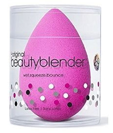 Beautyblender Original Beauty Blender is a unique edgeless sponge that can be used to apply and blend makeup, helping to reduce makeup waste and provide a flawless finish. Best Makeup Sponge, Original Beauty Blender, Beautyblender, Tout Rose, Makeup Rooms, Beauty Awards, Pink Brand, How To Apply Makeup, Latex Free