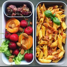 pasta, and the sauce made of roasted red bell. - corn pasta, and the sauce made of roasted red bell. -corn pasta, and the sauce made of roasted red bell. - corn pasta, and the sauce made of roasted red bell. Lunch Meal Prep, Healthy Meal Prep, Healthy Snacks, Healthy Eating, Healthy Lunches For School, Vegan Lunches, School Lunch, Vegetarian Recipes, Healthy Recipes