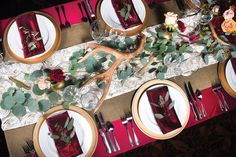 Scarlet Lamour Floor Lenght Linen with Burlap Wide Table Runner and Antique Ivory Rosette Standard Runner at Jackson Rancheria