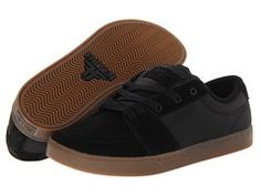 BOINN Womens Low Top Lace Up Skate Canvas Shoe Non Slip Cool Clipper Go Easy Walking Sneakers