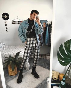 All through the history of the world, fashion has developed in conjunction with cultures. These kind Sweater Outfits, Casual Outfits, Fashion Outfits, Fashion Week, Fashion 2020, Fashion History, Trendy Mens Fashion, Vetement Fashion, Ladies Dress Design