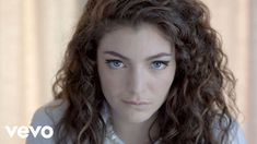 Weekly Chart Notes: Lorde's 'Royals' Roars Onto Alternative Radio - Modern Lorde Album, Music Songs, Music Videos, Likes Youtube, Finish The Lyrics, Vogue, Music Mix, In The Flesh, Stretching