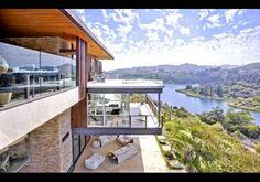 Ashton Kutcher house - LA, arrowhead drive