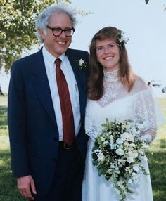 Bernie and Jane Sanders married after dating for eight years. He proposed in the parking lot of Friendly's ice cream...Sometimes it just doesn't matter where; she was waiting for years. Saved by  Image Credit: The New York Times via the Bernie Sanders Campaign