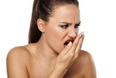 Bad breath, or halitosis, is fetid smell that comes from mouth. The most common cause of bad breath is inappropriate oral and dental hygiene. Chronic Bad Breath, Causes Of Bad Breath, Natural Treatments, Natural Cures, Bad Breath Remedy, Troubles Digestifs, Mouthwash, Oral Health, Dental Care
