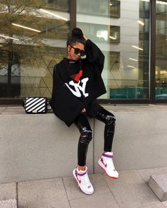 Uploaded by Find images and videos about fashion, outfit and look on We Heart It - the app to get lost in what you love. Sneakers Fashion Outfits, Casual Skirt Outfits, Cute Outfits, Shoes Sneakers, Diva Fashion, Urban Fashion, Trendy Fashion, Street Fashion, Fashion Jewelry