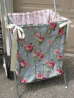 old shopping cart with shabby rose fabric Cute for stick horses Baby Shower Gift Basket, Unique Baby Shower, Sewing Hacks, Sewing Crafts, Sewing Projects, Shabby Chic Crafts, Shabby Chic Cottage, What A Nice Day, Mother's Day Gift Baskets