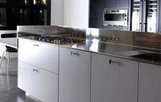 Wonderful White: E1 Kitchen by Effeti USA