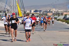 Ο 6ος Ποσειδώνιος Ημιμαραθώνιος Αθήνας θα πραγματοποιηθεί την Κυριακή 26 Απριλίου 2015 με εκκίνηση στη Μαρίνα Φλοίσβου Track, Sports, Hs Sports, Runway, Truck, Running, Track And Field, Sport