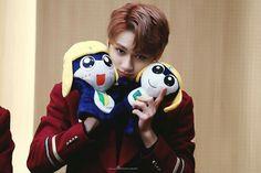 Woozi, Jeonghan, Seventeen Junhui, Wen Junhui, Won Woo, Lets Play A Game, Best Kpop, Seventeen Debut, Pledis 17