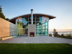 Modern home in Seattle...yeah, I could probably live there.