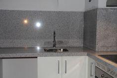 Resultado de imagen de cocinas con granito blanco cristal