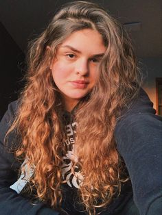 Wavy Hair, New Hair, Hair Inspo, Curly Hair Styles, Hairstyle, Icons, Beauty, Hair Laid, Make Up