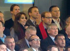 Pin for Later: The Duchess of Cambridge Shows Off Her Team Spirit at the Rugby World Cup