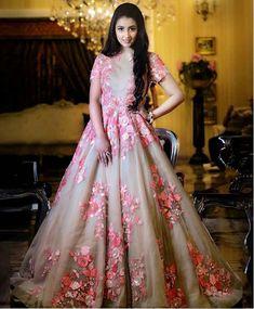 Buy Gowns Online - Designer Gowns for Women, Party Wear Long Gowns Gown Party Wear, Party Wear Indian Dresses, Indian Gowns Dresses, Indian Outfits, Wrap Dresses, Formal Dresses, Indian Wedding Gowns, Bridal Gowns, Bridal Lehenga
