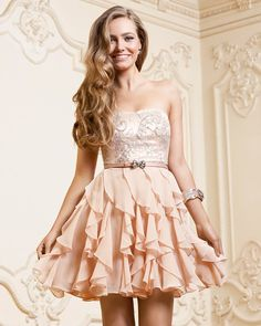 Floaty dresses always look so romantic and this nude / blush colour is heavenly!