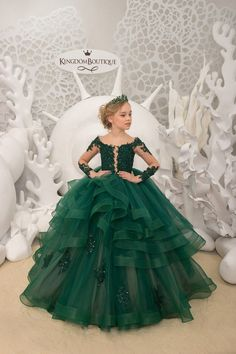 Emerald Green and Beige Flower Girl Dress – Birthday Wedding Party Holiday Bridesmaid Flower Girl Emerald green Tulle Lace Dress – Mother daughter outfits Purple Flower Girls, Pink Flower Girl Dresses, Dresses Kids Girl, Kids Outfits, Baby Dresses, Kids Gown, Tulle Lace, Lace Corset, Bridesmaid Flowers