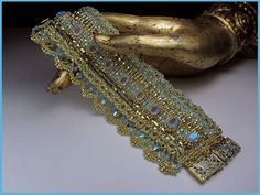 24k gold & opal bead-loomed cuff by Erin Simonetti. Wow. Pattern for sale.