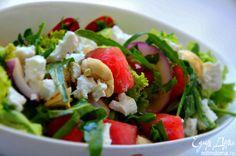 Салат с арбузом, брынзой и кешью. Прекрасная закуска или дополнение к основному блюду. Отличного вам дня! #edimdoma #recipe #cookery #salad