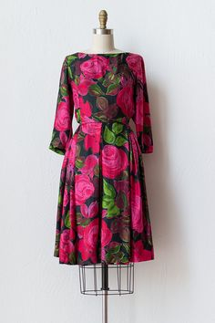 Must make a dress inspired by this gorgeous piece. ASAP. // Vintage 1960s Charles F Berg rose dress #adoredvintage