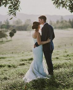 """Gorgeous #rcrealbride Stephanie picture perfect in our """"Panola"""" gown xx RC #dreamsintodresses #love #raffaeleciuca"""