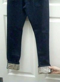 DIY jeans refashion : DIY Studded Cuff Jeans