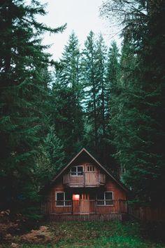 44+ new ideas house plans duplex front elevation Into The Woods, Cabins In The Woods, House In The Woods, Cottage In The Woods, Cabin Homes, Log Homes, Ideas De Cabina, Beautiful Homes, Beautiful Places