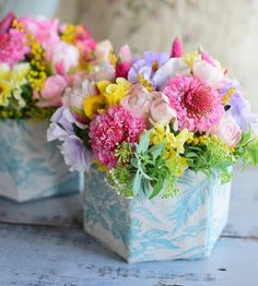 Flower Decorations, Table Decorations, House Plants, Bouquets, Home And Garden, Colorful, Box, Floral, Happy