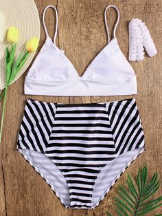 This plain top & striped print bottom bikinis is a total lust-have style this season! With a lace up and high waisted design, Perfect for dress out this summer beach vacation.