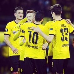 - BVB wrap up qualification for the knockout stages Europa League, Soccer, Action, Blog, Image, Borussia Dortmund, Kawaii, Futbol, Group Action