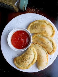 Mini Pizza Calzones - good for parties, snacks, get togethers, buffets.
